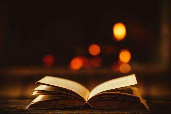 Knižné tipy: Knihy, ktoré si treba prečítať. A nielen na Vianoce (za rok 2015)