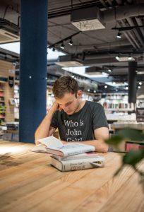 O knihách a ľuďoch #6: Ivan